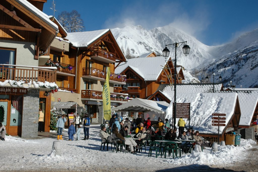 Holidays in Vaujany: The Village