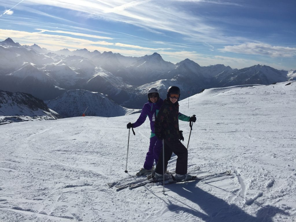 Skiing in Vaujany