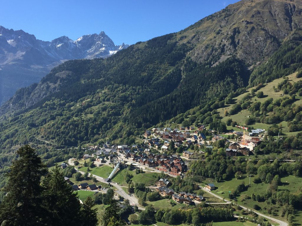Summer Holidays in Vaujany: Summer in the Resort